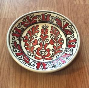 Farfurie din ceramica traditionala  -20 cm- rosu cu negru- model 1