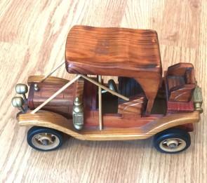 Masina lemn - macheta, 22 cm- tip 2