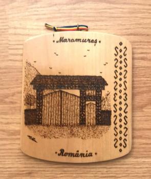Placheta din lemn pirogravata cu poarta de lemn tip 1
