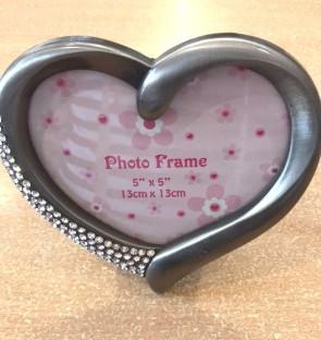 Rama foto din metal -forma inima- culoarea argintie -model 1