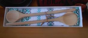 Set artizanat -2 linguri din lemn-prosop-in cutie