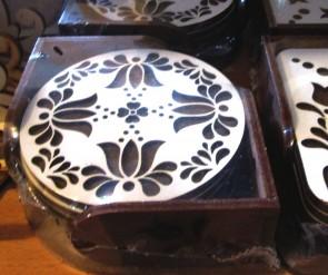 Set 6 suporturi de pahare din lemn -rotund cu lalele