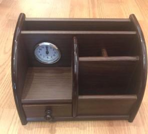 Set de birou - suport creioane cu ceas -model 3