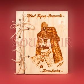 Agenda din lemn pirogravata cu Vlad Tepes - Dracula